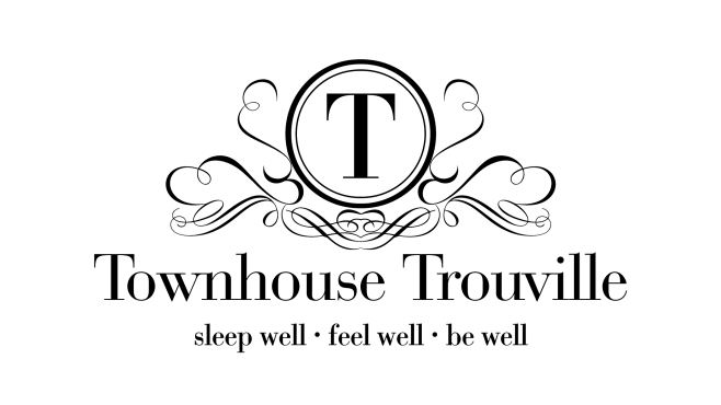 2019_06_pic_townhouse_logo
